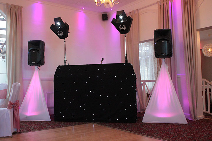 Package 1 disco with star cloth booth